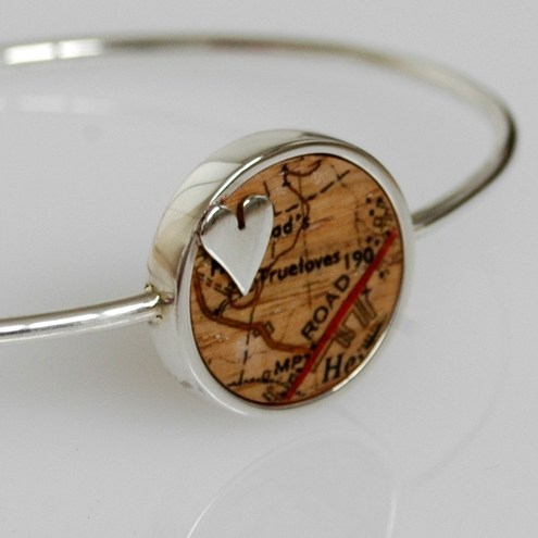 Unique love heart bangle