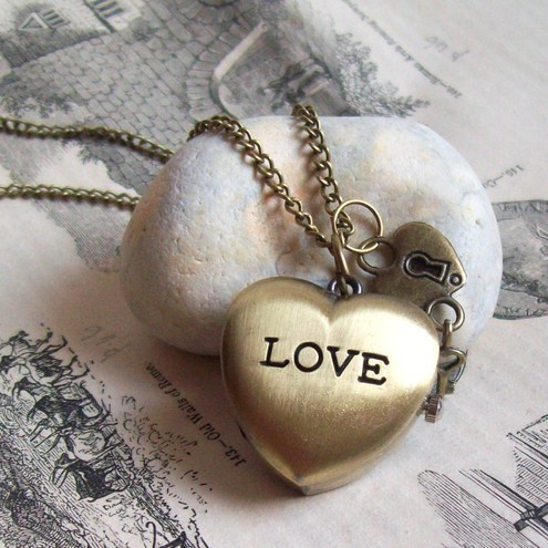 Antique bronze Love Locket