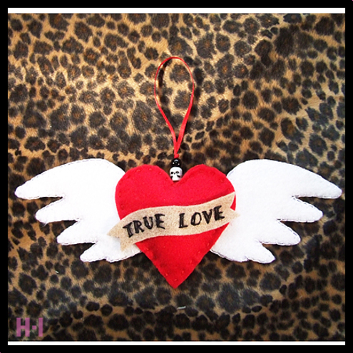 Rockabilly Tattoo style 'TRUE LOVE' Winged Heart Door Hanger