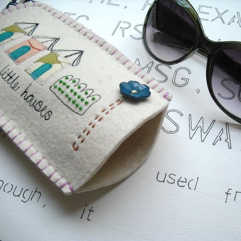 Little Houses Felt Sunglasses Sleeve