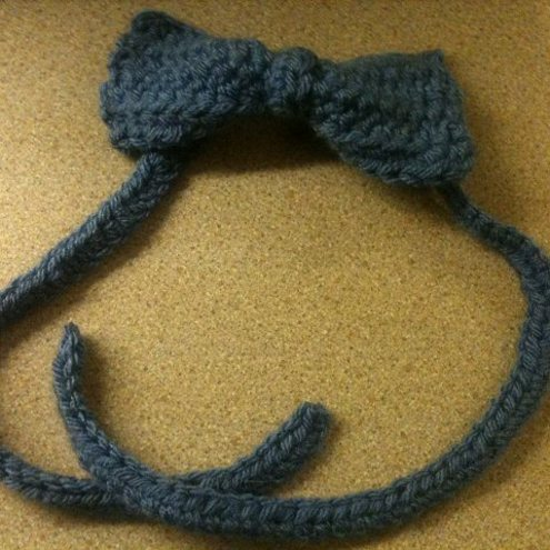 How To Crochet A Bow. This cute ow sits on a flat