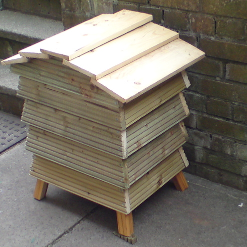 Wooden Behive Shape Wormery