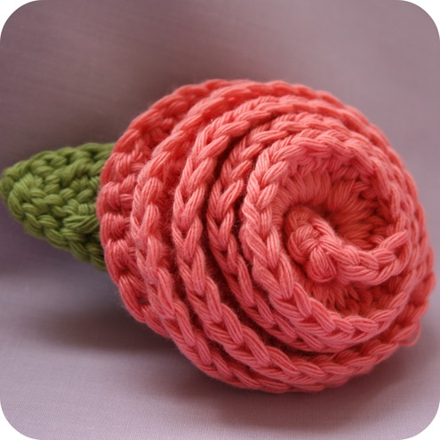 Flared Rose Corsage/Brooch by Coffee 'n' Crochet