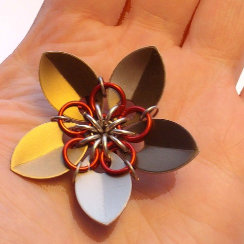 Flower Brooch by Poppies