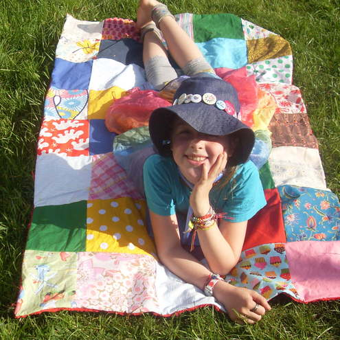 *rAiNbOw*fAiRy*dUsT* - red small   patchwork squares blanket or picnic rug