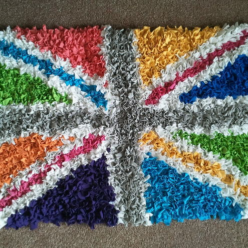 Rag Rugs: Wagon Wheel & Frame Braided Rag Rugs