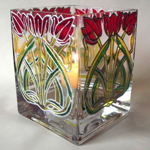 Tulip glass vase