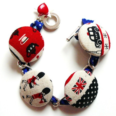 FluffsStuffs - London Theme Charm Bracelet
