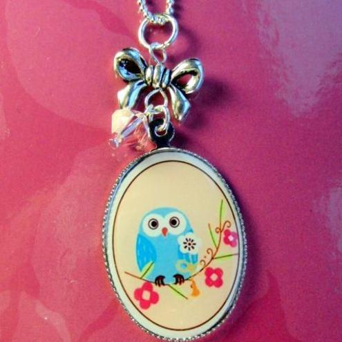 Bohemian Design Studio - Cute WISE OWL cameo necklace Swarovski crystal with bow sterling silver