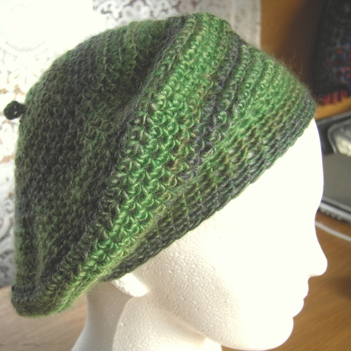 Knitty Knotty - green hand crochet beret