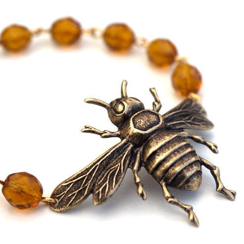 Chain of Daisies - Honey Bee Bracelet Topaz
