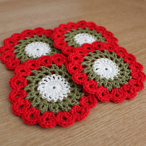 Folksy Buy Set Of 4 Crochet Christmas Doilies Craftjuice