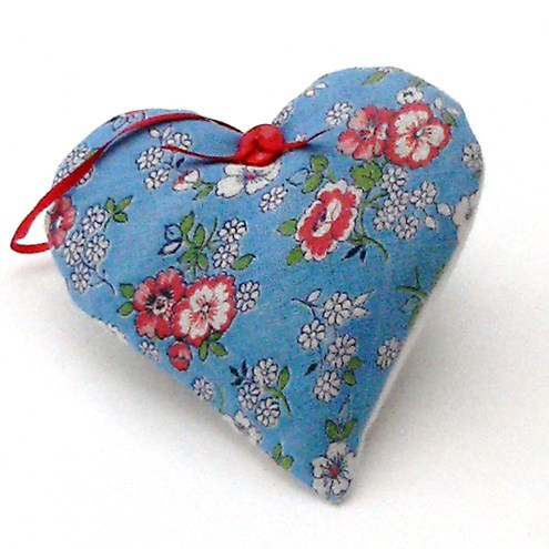 Pretty Vintage fabric lavender Heart by Pretty Goods
