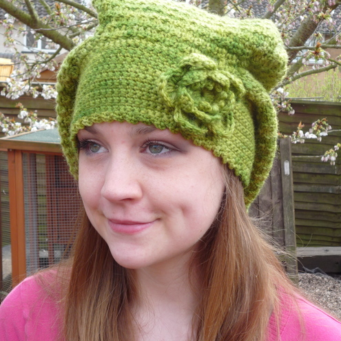 Bauhaus - Crocheted Square Beret