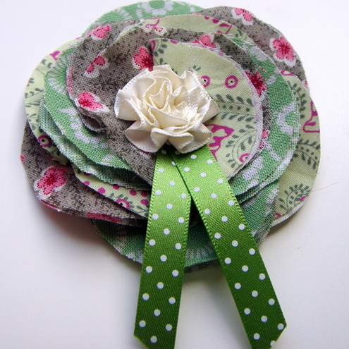 Green corsage £4.50