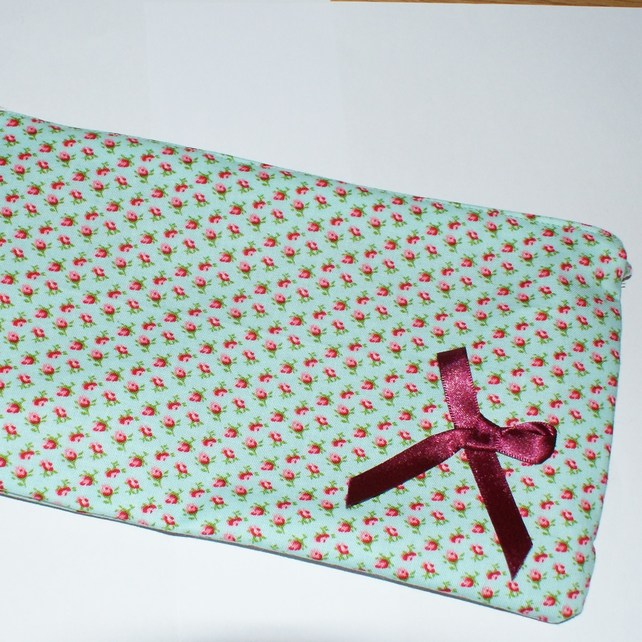 Rosebud make up bag