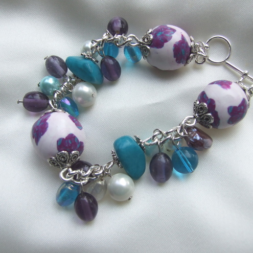 http://www.folksy.com/shops/maxineveronica13