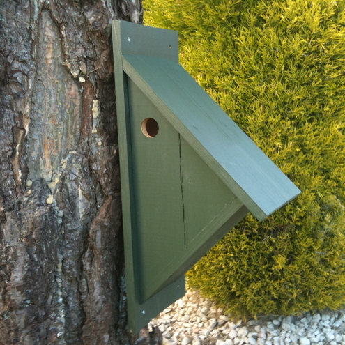 Triangular Birdbox, by Wudwerx