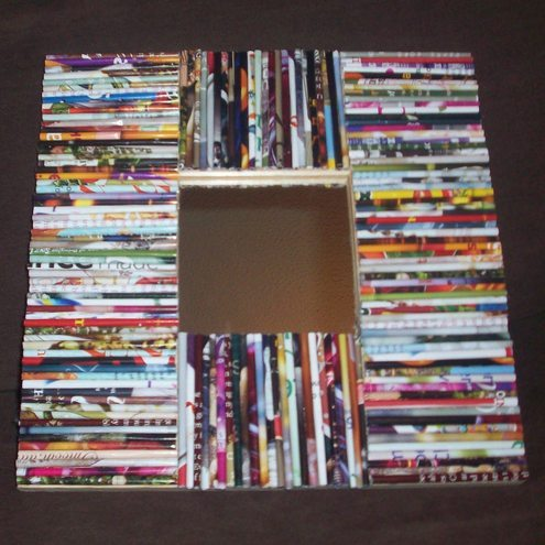 Recycled picture frame made from rolled up magazine for Rolled magazine paper crafts
