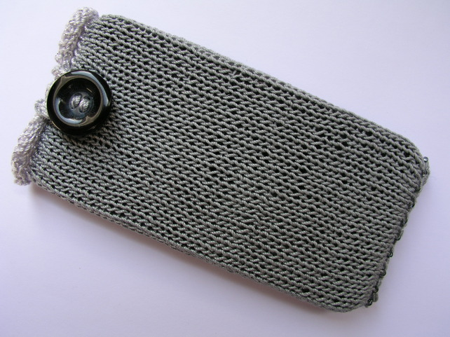 Knitting Patterns For Phone Socks : Hand knitted mobile phone sock cover for iPhone 4S von ...