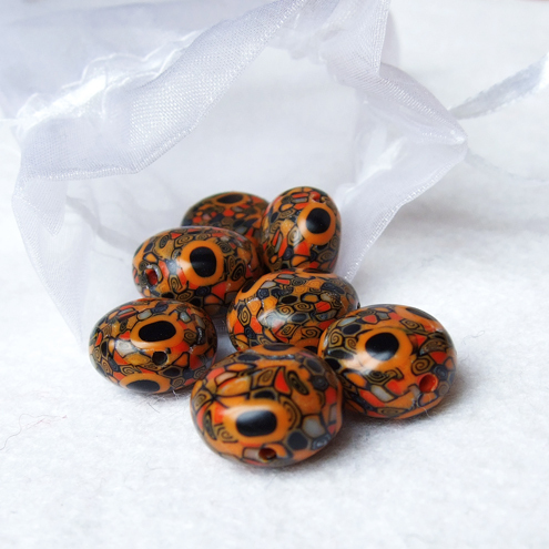 cleo pillow beads