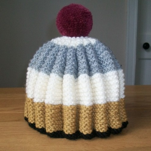 A Magpie and a Dove - Hand Knitted Tea Cosy