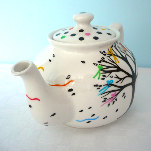 Lou Peajeux Illustration - Bows And Boughs Teapot