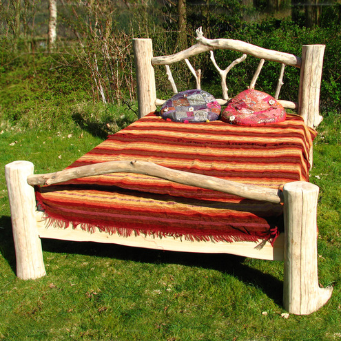 Free Range Designs - Driftwood Bed