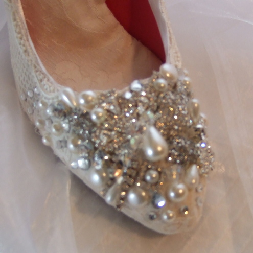 VINTAGE INSPIRED LACE AND CRYSTAL WEDDING SHOES