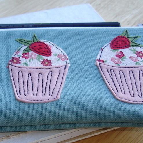 Dinky Daisy - Mini Strawberry Cupcake Pencil Case