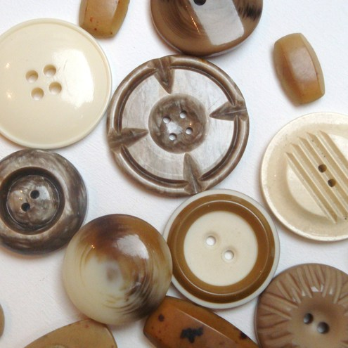 vintage Coffee and cream buttons