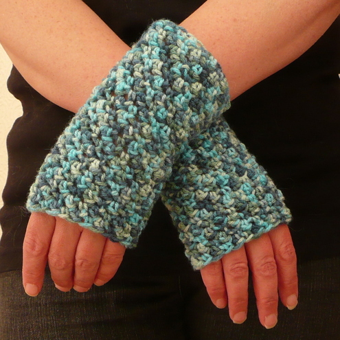 New Pattern ~ Crochet Fingerless Gloves « Pattern « Zoom Yummy