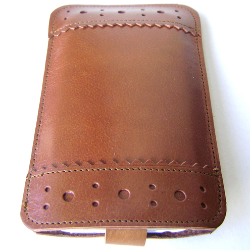 Leather iPhone / iTouch case - Brogue