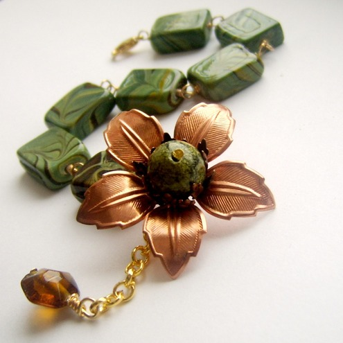 Bracelet copper flower and green ceramic beads