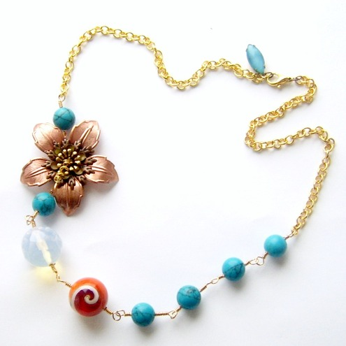 Necklace copper flower and beads